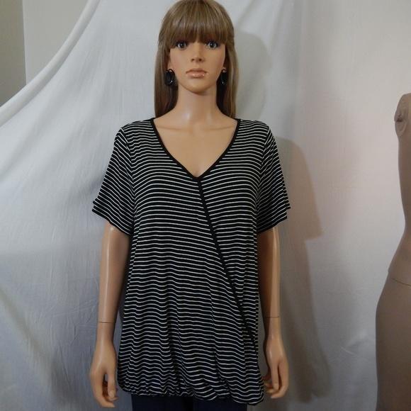 cc20c1dab63b60 NWT Women s Kohl s Apt 9 Size 1X Top Shirt Blouse